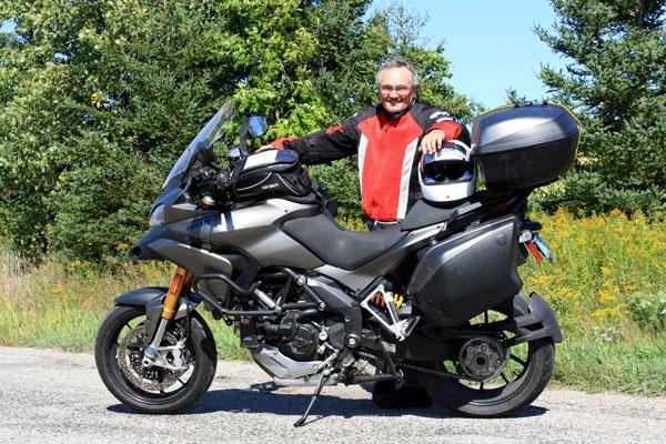 1_Larry_on_bike